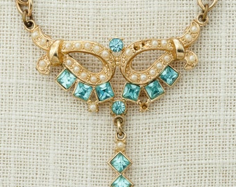 Blue & Gold Vintage Pearl Necklace Gold Chain Blue Rhinestones Costume Jewelry 16D