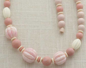 Pink Necklace Vintage Pastel 1970s 1960s Long Plastic Costume Jewelry 16C