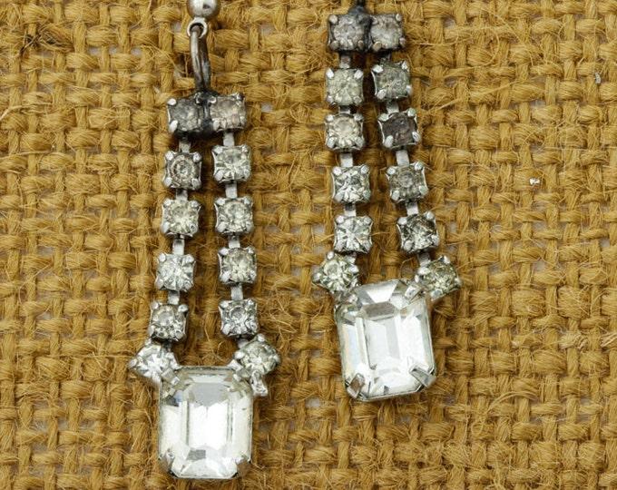 Vintage Stud Rhinestone Earrings Dangle Drop Chandelier Silver Tone Pierced Earings Studs   Vtg Pin 16B