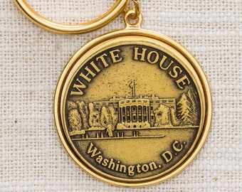 White House Washington D.C. Vintage Keychain Gold Etched Round US Landmark Key FOB Brass Key Chain 7KC