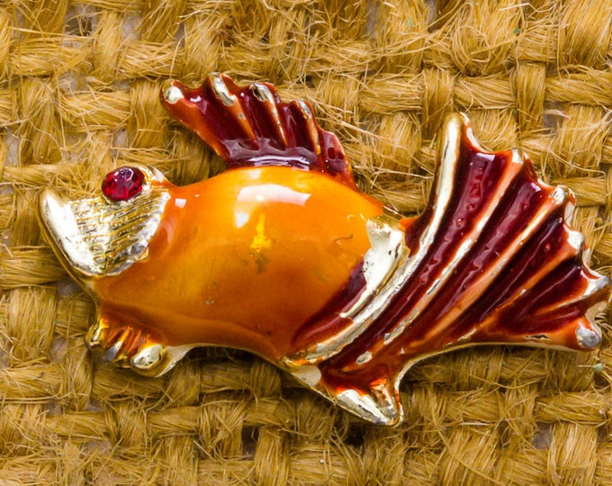 Orange Enamel Fish Vintage Lapel Pin Rhinestone Eye Gold Red Fins Button Vtg Pin 7AN