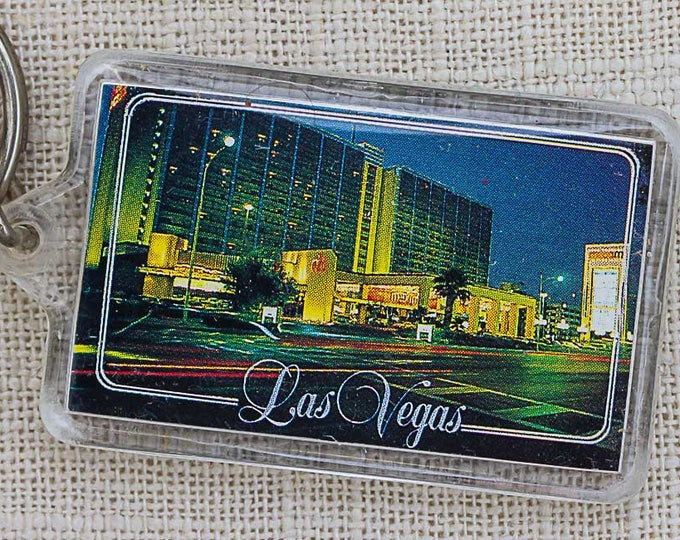 Las Vegas Vintage Keychain Nevada Photo Key FOB Key Chain 7PP