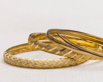 Gold Basket Weave Etched Diagonal Monet Vintage Bracelet Bangle Set Stackable Costume Jewelry Cuff 7AQ