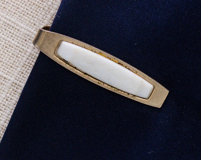 Gold and White Tie Clip Vintage Swirling Design Men's Accessories Add On 7WW