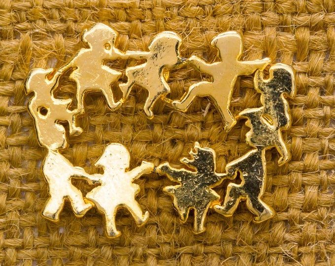 Circle of Children Holding Hands Vintage Lapel Pin Gold Toned CTPM Stamped Button Vtg Pin 7AN