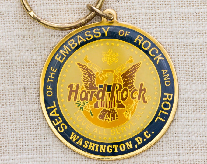 Hard Rock Vintage Keychain Washington DC USA Seal of Embassy of Rock and Roll Love All Serve All Key FOB Brass Key Chain 7KC