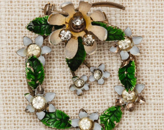 Wreath Brooch Vintage Flowers Rhinestones Enamel White Green Gold Broach Costume Jewelry Pin 6Y