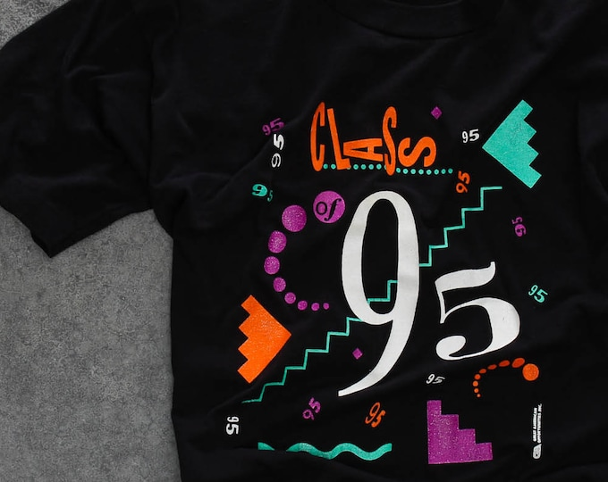 Class of 1995 Vintage Tee Shirt | Neon 90s T-Shirt Size XL X-Large