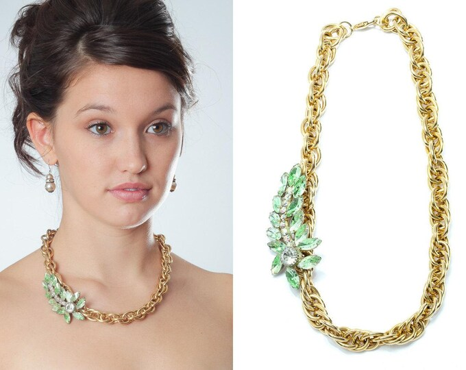 Gold Vintage Chunky Necklace with Green Crystal Embellishment Chunky Chain Metallic Choker 1000459