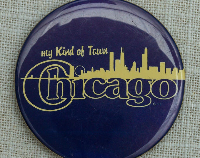 Vintage Chicago Button | Skyline City Pin-Back | Travel Souvenir | Button Vtg Pin 7EE