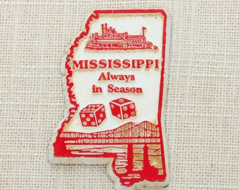"Vintage Mississippi Silhouette State Magnet | Travel Tourism Summer Vacation Memento | ""Always In Season"" River Boat Bridge USA America 5S"