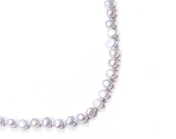 Silver Toned Pearl Necklace Freshwater Pearls Handmade Knotted 171 16H