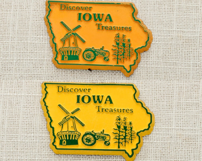 Iowa State Magnet Vintage Travel 80s 90s Tourism Summer Vacation Memento | USA America 'Merica | Farming Tractor Windmill Corn 5S