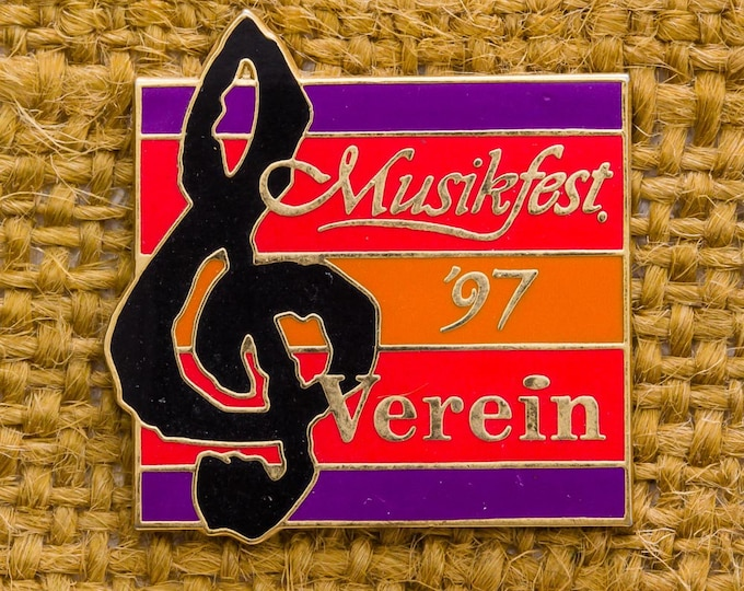 Musikfest 97 Verein Vintage Lapel Pin Enamel Bright Colorful Button Vtg Pin 7AN