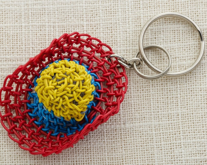 Vintage Hat Keychain Key FOB Sunhat Red Blue Yellow Woven Plastic Key Chain 16U