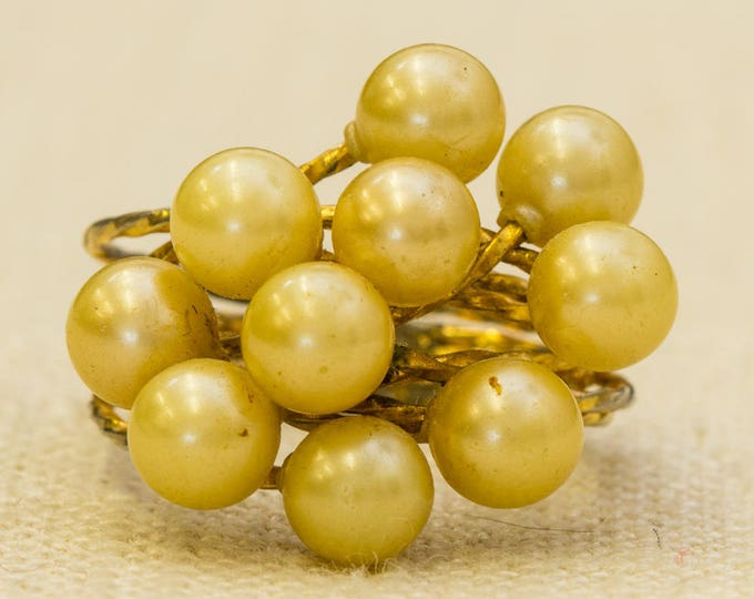 Pearl Cluster Vintage Ring Twisted Multiple Gold Metal Bands US Womens Size 6.5 7RI