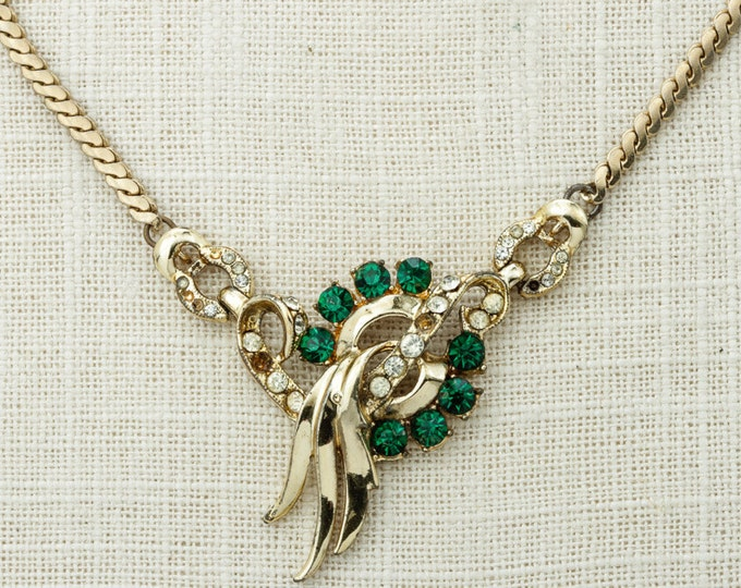 """Gold Green Vintage Necklace Chain & Emerald Green Pendant Necklace 15"""" Costume Jewelry 16D"""