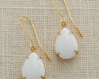 White & Gold Tear Drop Earrings French Hook Pear Teardrop Opaque Paste Cabochon Stones Wedding Earrings Bridesmaid Handmade 15mm 6H