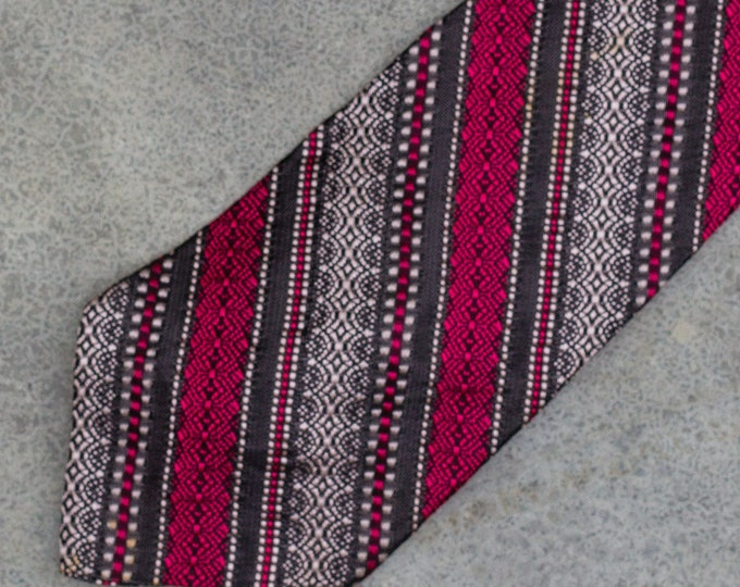 Striped Necktie Diagonal Stripe Vintage Tie Red White & Black 7TW