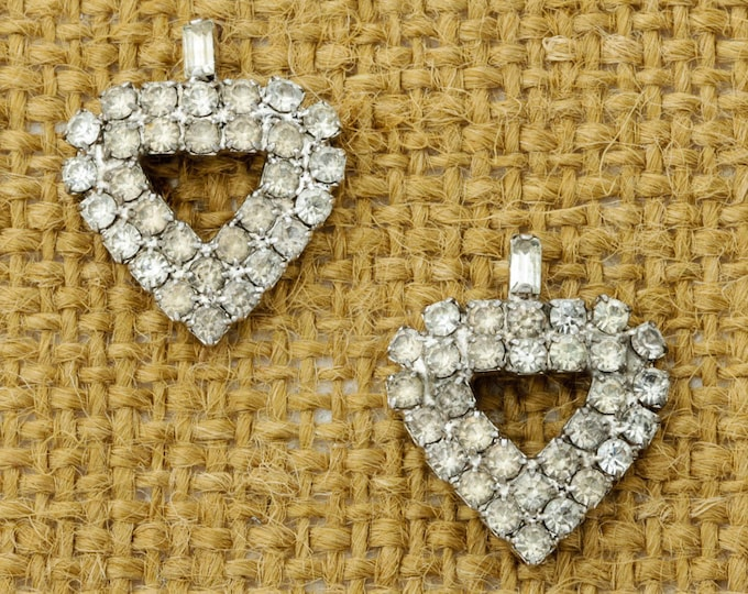 Vintage Rhinestone Earrings  Spade or Hearts Earrings Silver Tone Pierced Earings Studs | Vtg Pin 16B
