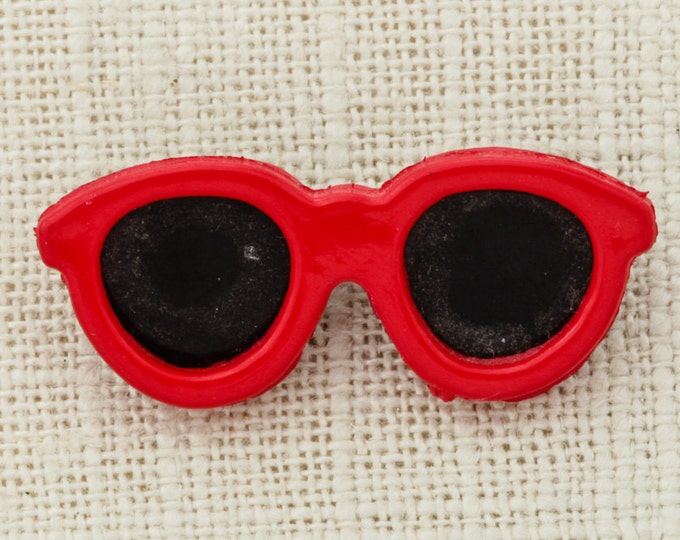 Red Sunglasses Brooch Vintage Plastic Shades Small Broach Costume Jewelry Pin 6Y