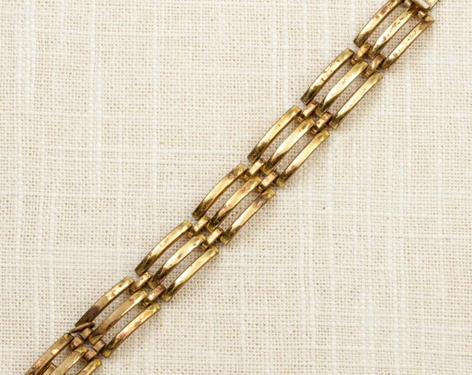 Small Vintage Bracelet Gold Links Linear Triple Bars Wavy Costume Jewelry 16S