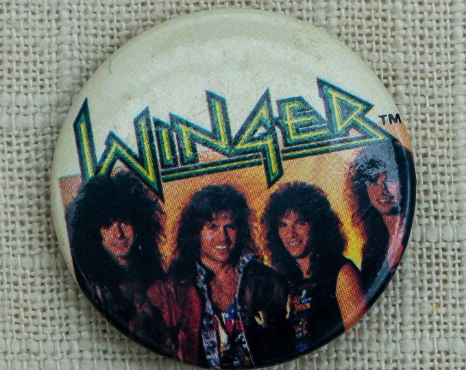 Winger 1980s Hair Band Button Vintage Music Concert Pin-Back Button 7QQ