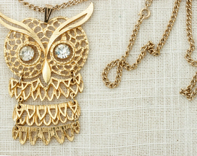 Gold Owl Vintage Necklace Giant Owl Pendant Rhinestone Jiggly Eyes | Brass Chain | Hippie Hippy Halloween Costume Jewelry 16D