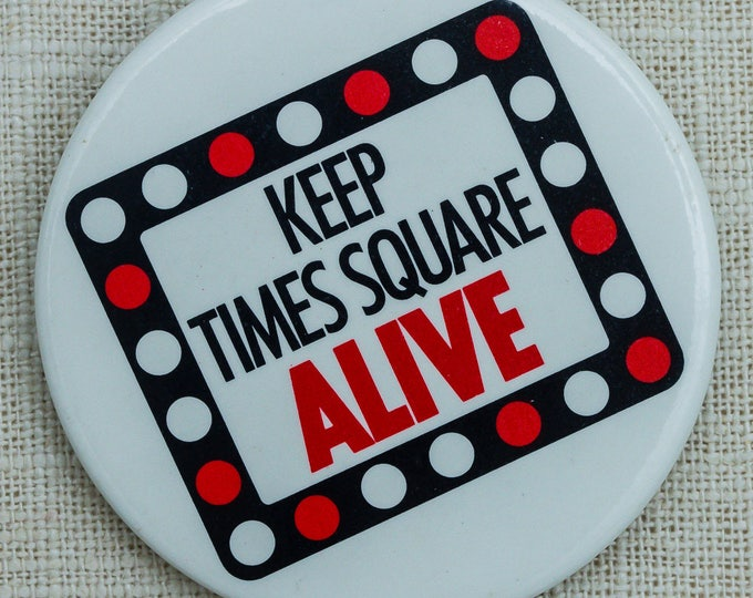 Vintage Times Square Button New York City Tourist Pin-Back Pin 7QQ