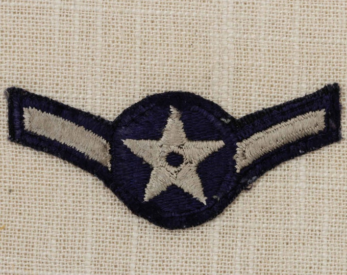 US Air Force USAF Vintage Patch Airman E-2 Uniform Sew on Small 7Z