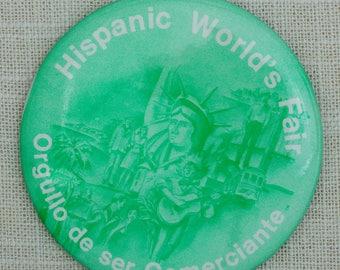 Hispanic World's Fair Button 1985 Orgullo De Ser Comerciante Vintage Pin-Back Pin 7QQ