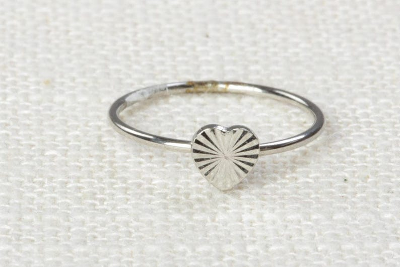 Heart Midi Vintage Ring Silver Knuckle Ring US Womens Sizes 7D image 0