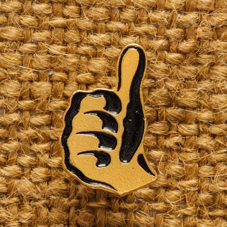 Thumbs Up Button Vintage Gold Pin-Back Lapel Pin Vtg Pin 7S image 0
