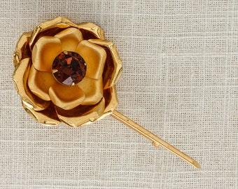 Gold Rose Pin Vintage Amber Rhinestone Brooch 1950s Modern Broach Stem Flower Simple Brown Crystal Metallic Bouquet Pin 6Y