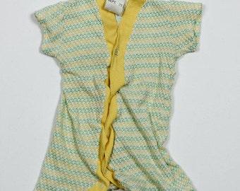 Infant 1B 1960s 1970s Vintage Green Yellow Unisex Onesie 4DD
