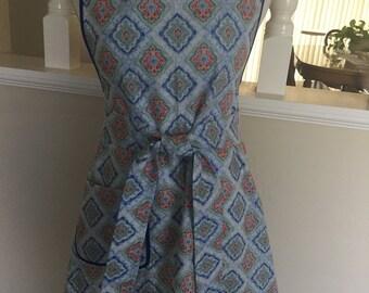 Womens apron - size medium