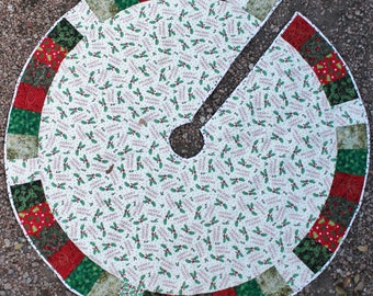 A Holly Masterpiece Quilts Christmas Tree Skirt