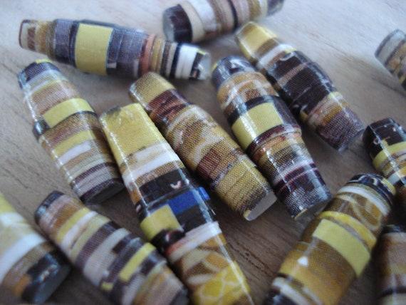 LaZBoy - 20 Handmade Paper Beads