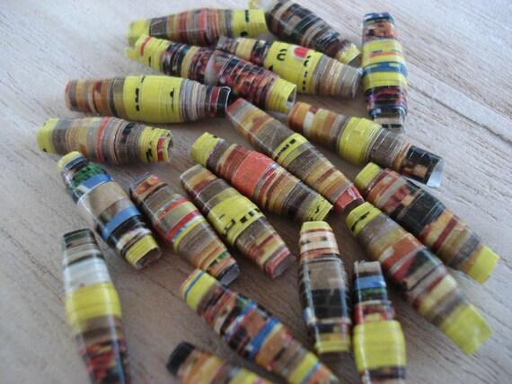 Eggo - 20 Handmade Paper Beads