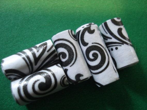 Scrapbooking Paper - 15 Handmade Paper Beads