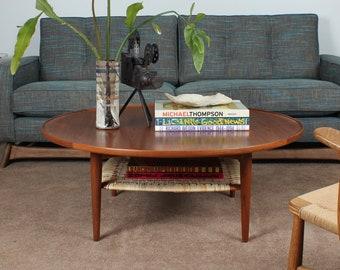 badd62b659b0 Vintage Mid Century Poul Jensen Danish Teak Circular Coffee Table