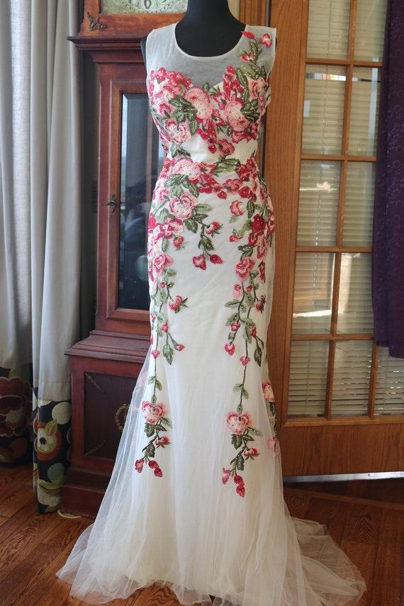 Ivory red pink floral embroidered wedding dress sheath sheer back sz 16 alternative wedding