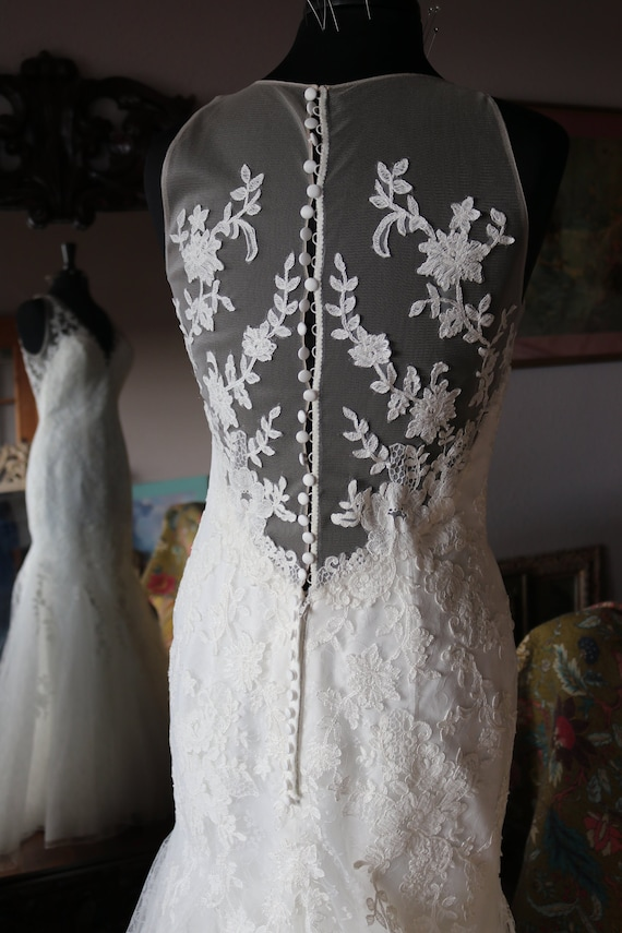 Lace Fit N Flare Wedding Dress Sheer Back Bridal Gown Mermaid Lace