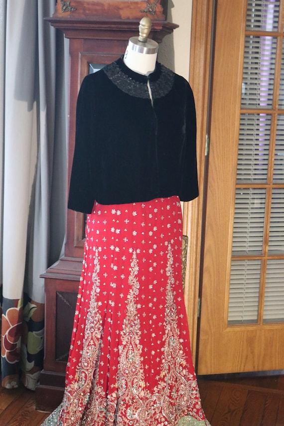 Black silk velvet 1940s coat wrap vintage velvet w
