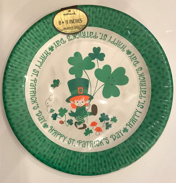8 x Shamrock St Patrick/'s Day Paper Plates Shamrocks Irish Party Tableware