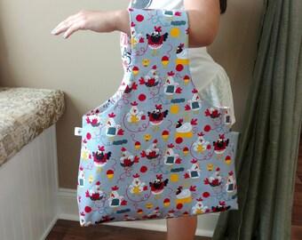 Large Yarn Bag Grey Knitting Chickens & Knitting Jokes Reversible Yarn Bag / Shopping Bag / Knitting Bag / Wrist Bag / Project Tote S362