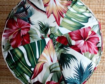 hibiscus oasis pouf