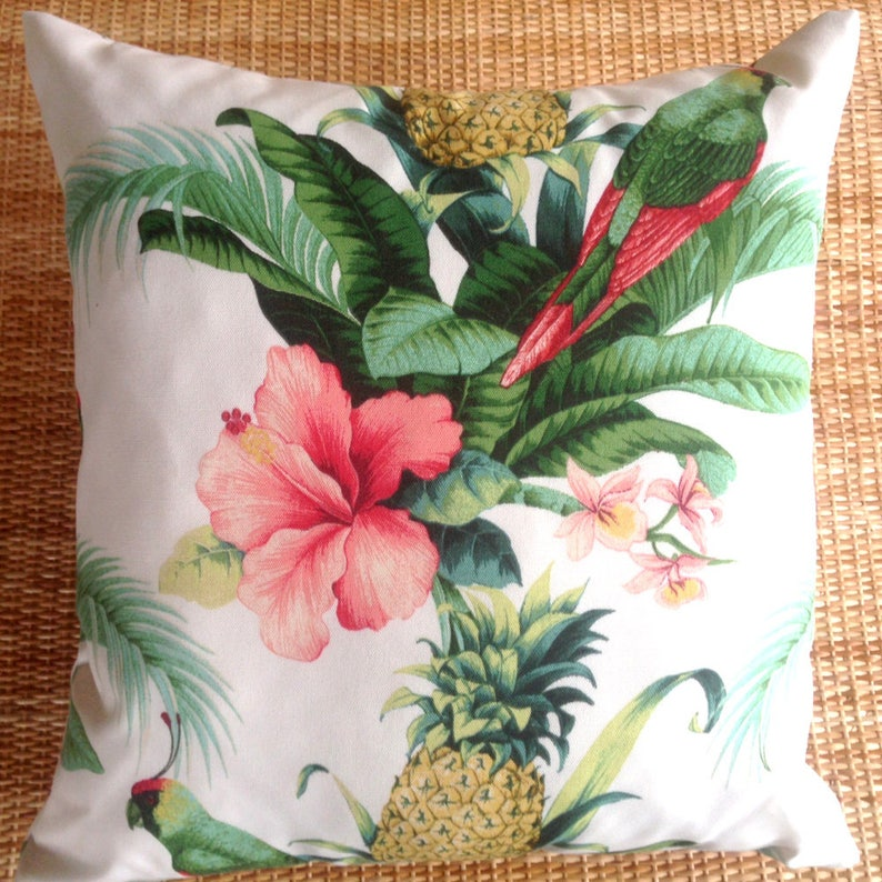 pineapple outdoor cushion cover image 0