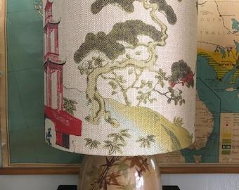 Vintage Asian  chintz table lamp