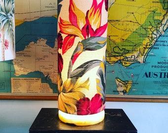 Bird of paradise circle lamp